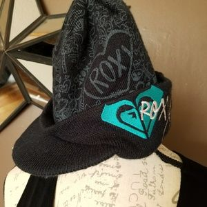 Black and gray Roxy beanie hat with bill
